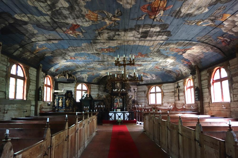 Interiér kostela v lotyšském skanzenu