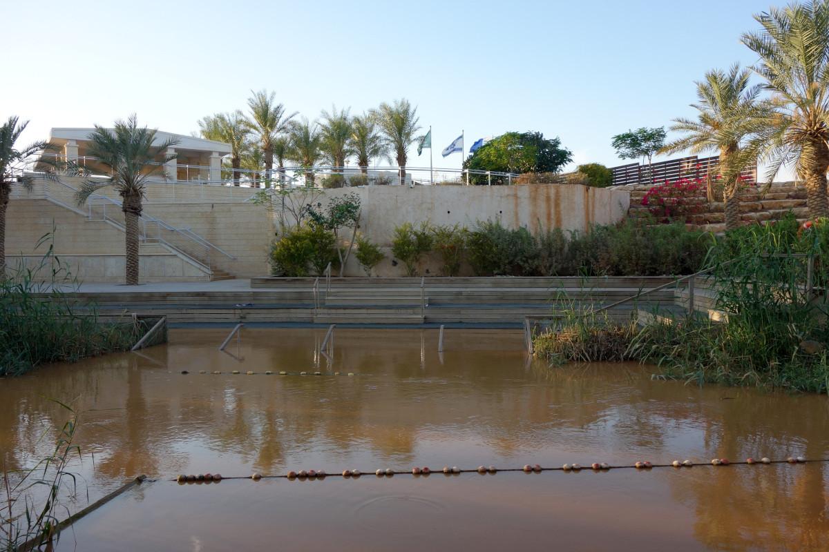 Řeka Jordán na hranici s Izraelem