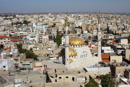 Madaba výhled na mešitu