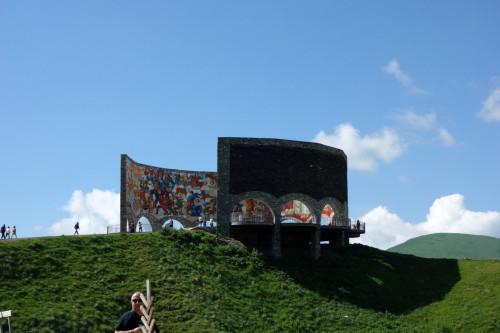 Gudauri památník